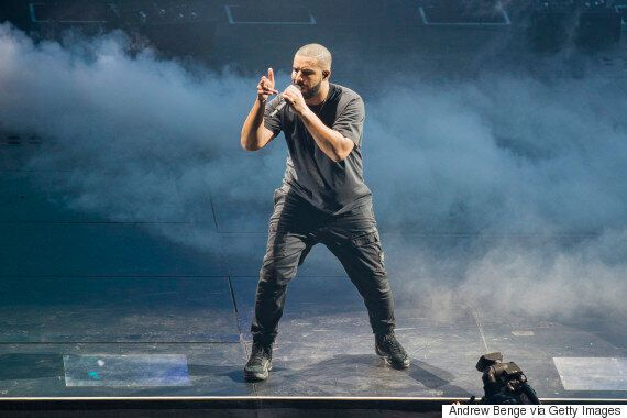 Drake's 'Hotline Bling' Wins Two Grammys, But He Skips The