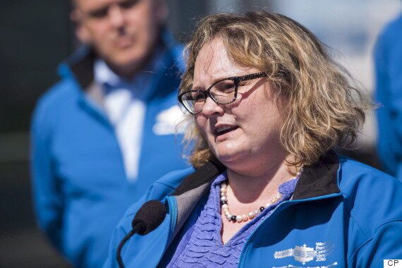 Alberta Ministers Booed As They Discuss Climate Change Plan With Rural