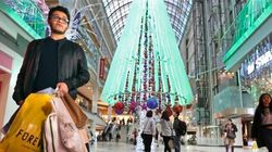 Many More Canadians Planning To Shop In U.S. For Black