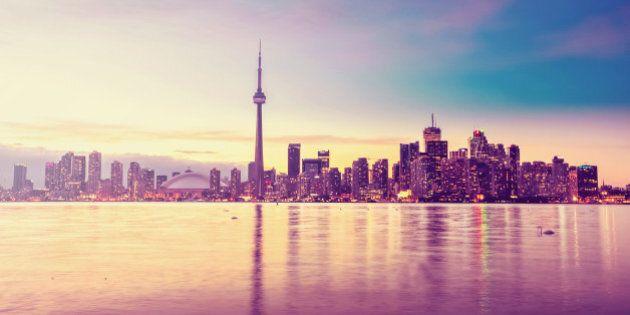 Toronto city skyline at
