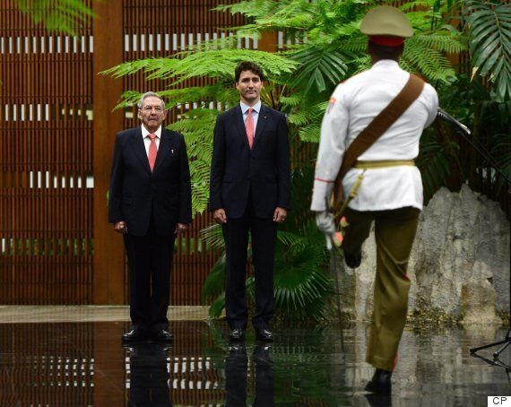 Justin Trudeau Meets With Raul Castro In