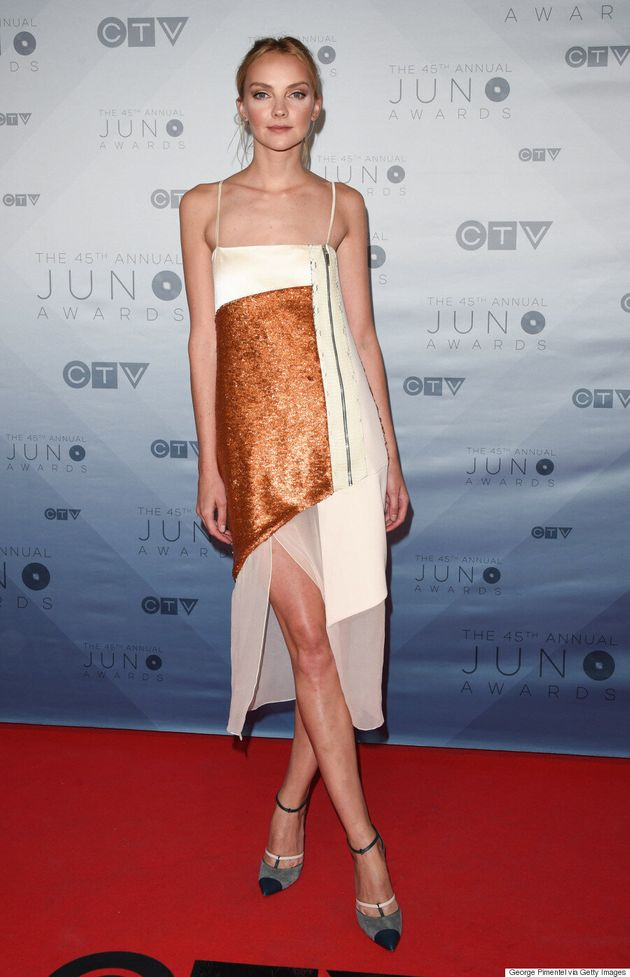 10 Standout Looks From the 2016 Junos, Academy Of Country Music Awards And iHeartRadio Music Awards Red