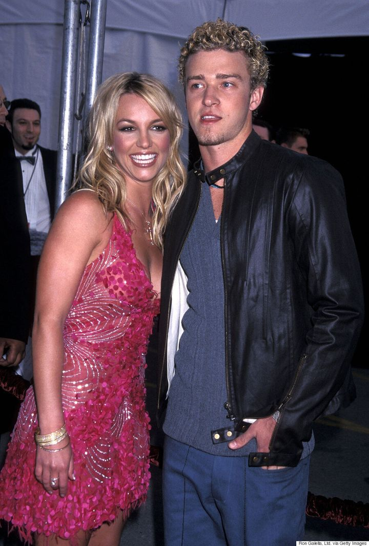 Justin Timberlake Says He Would Collaborate With Britney Spears Our World Implodes Huffpost Canada Life