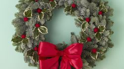 Holiday Wreath Ideas That Will Make Your Door Look
