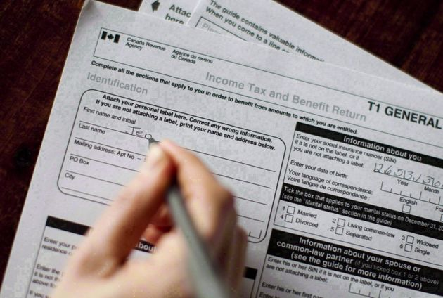 Canada's Tax Deadline Is April 30. Should You Use Software To Make It In