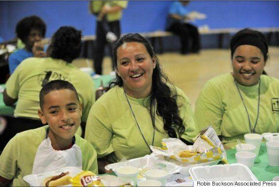 Prisoner Dad Photos: Program Reunites Kids With Their