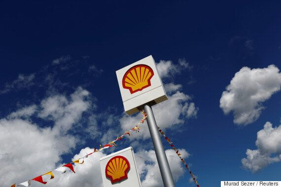 Shell Predicts Oil Demand Could Peak Just 5 Years From