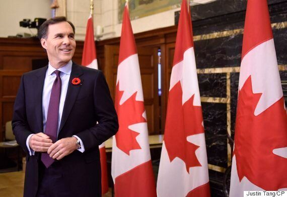 Liberals Giving Parliamentary Budget Officer, StatsCan Chief More