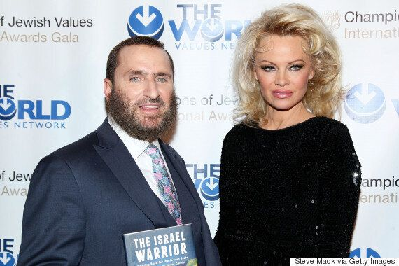 Pamela Anderson Urges Us To Stop Watching Porn In New