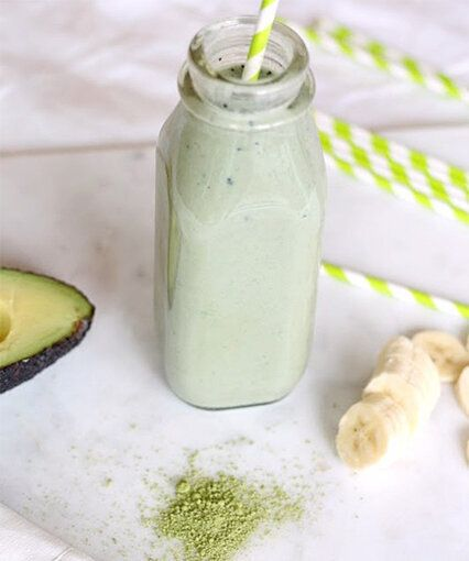 Drink Up The Health Benefits Of This Matcha Tea Smoothie
