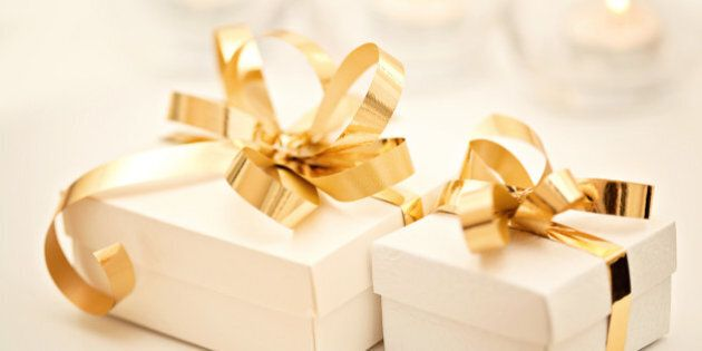 22 Wedding Gift Ideas For The Couple Who Has Everything Huffpost Canada Life
