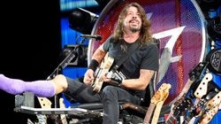 Foo Fighters Try To Stiff Photogs. Quebec Paper Sends