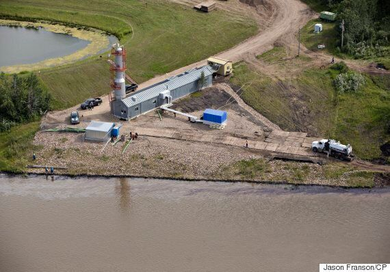 Saskatchewan Oil Spill Cleanup On Hold Due To Rising Water