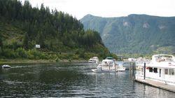 B.C. Houseboat Holiday Ends In Alberta Swimmer's Horrifying