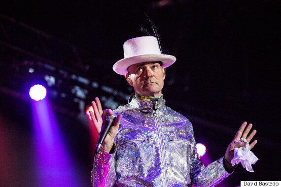 Gord Downie Uses Tragically Hip Concert To Spur Trudeau On First