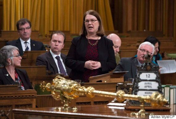 Jane Philpott's Office Rejects Limo Definition Amid