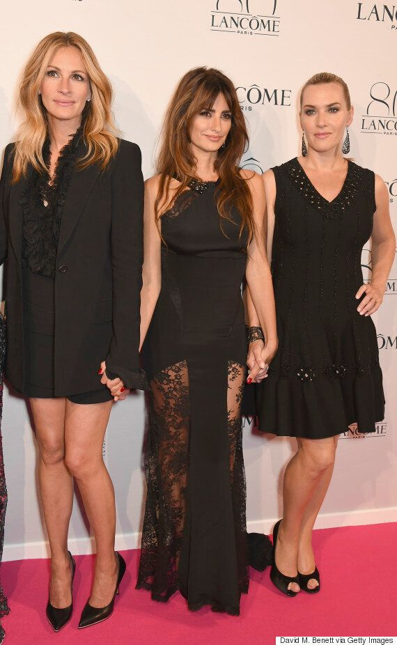 Julia Roberts Owns The Carpet With An All-Black Givenchy