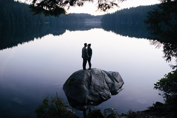 Where To Have Your Engagement Photo Shoot In