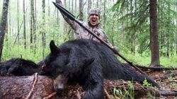 Hunter Films Himself Spearing Alberta Black