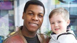 Star Wars' John Boyega Visits Children's Hospital Dressed As