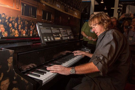 Keith Emerson Dead: Founding Emerson, Lake And Palmer Member Dead In Possible