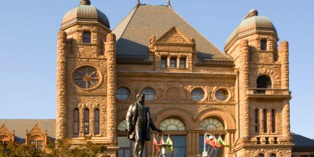 Parliamentary building in Queen's Park, Ontario, Toronto, Canada