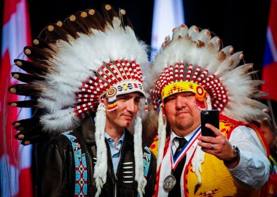 Trudeau Honoured With Headdress From Tsuu T'ina Nation, But Chiefs Urge