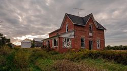 The Last Of A Dying Breed: Ontario's Forgotten Abandoned