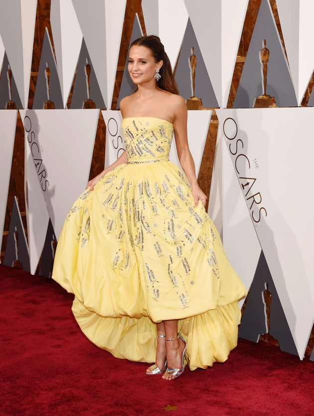 Nail Art Inspired By Alicia Vikander's Louis Vuitton Oscars