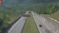 Big Rig Makes Unbelievable U-Turn On Highway In