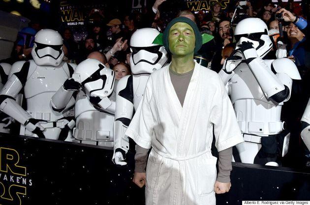 'Star Wars' Premiere: Joseph Gordon-Levitt Dresses Up As Yoda, Wins At