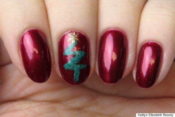 Mani Monday: A Modern Christmas Nail Art