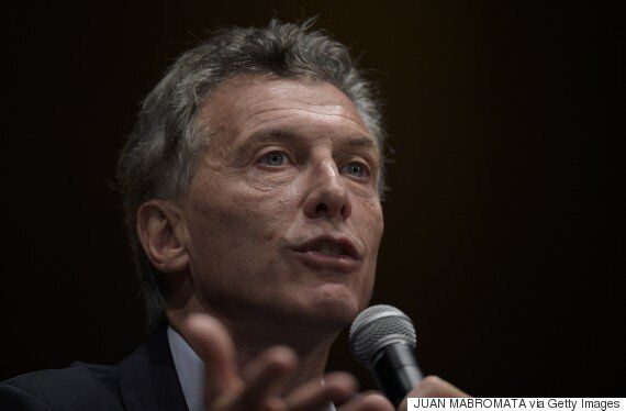 Argentina Bus Crash Kills At Least 41 Police