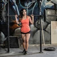 10 Fitness Experts To Follow On Social