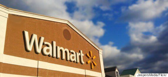 Walmart Ban On Visa Cards From Stores Begins In Thunder Bay,