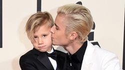 Bieber's Brother Wasn't The Only Adorable Kid On The Grammy Red