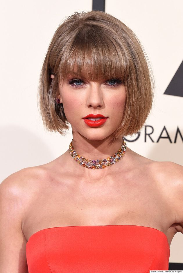 Taylor Swift Grammys 2016: Pop Star Sizzles In Full Colour On The Red