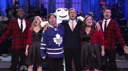 Ryan Gosling, Mike Myers Bring A Canadian Christmas To