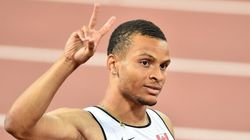 Andre De Grasse Signs With