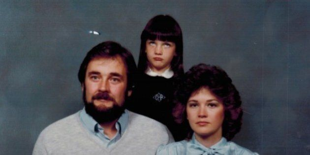 Awkward Family Photos: These Families Were Less Than Thrilled To Have Their Photo