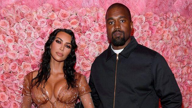 Le couple Kim Kardashian-Kanye West est devenu parent de son quatrième enfant, un petit garçon,...