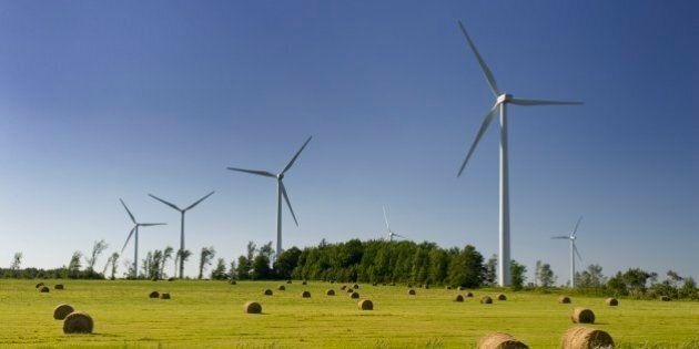 Electricity generating wind turbines in Shelburne,