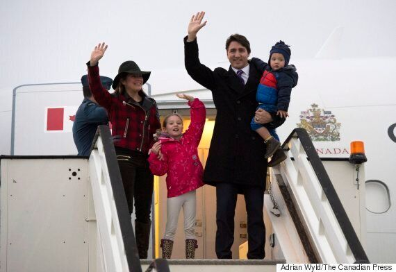 Trudeau, Queen Elizabeth Meet Prior To PM's Sit-Down With David