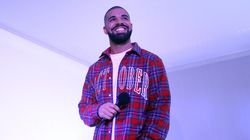 Super Bowl 50 T-Mobile Ad Has Drake Turning His Back On