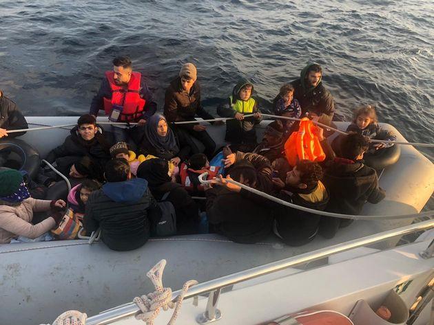 Μάλτα: Περιπολικό σκάφος διέσωσε 85 μετανάστες από ξύλινη βάρκα που