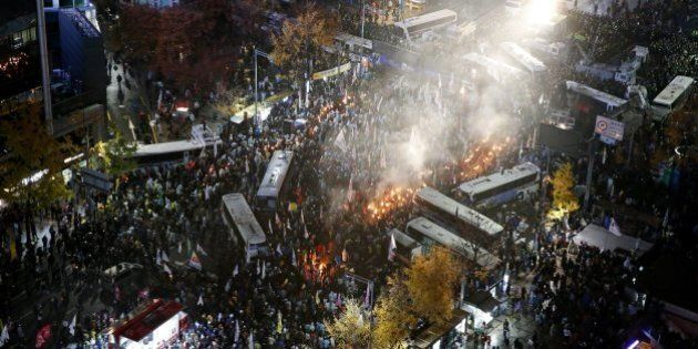 Seoul Protest 2015: Thousands March Against Government Labour