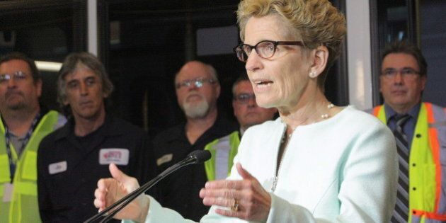 Ontario Election 2014: Wynne Urges Ontarians To Look Past Gas Plants