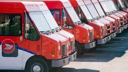 Canada Post Cuts Service For You, Gives MPs Free
