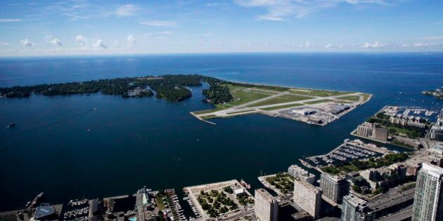 Jets At Toronto Island Airport Nixed By Liberals, Putting Question Mark Over Bombarder's