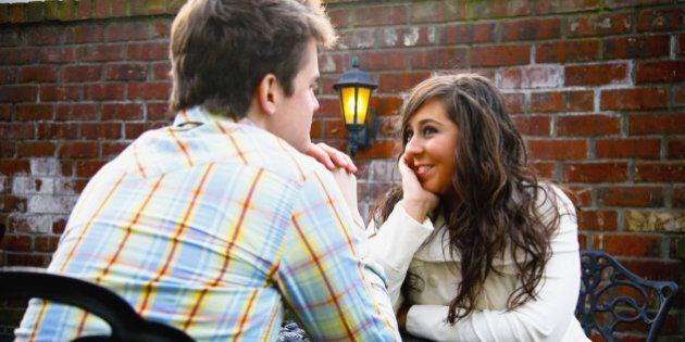 10 First Date Ideas That Don't